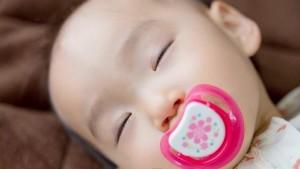 【妊娠4週】妊娠4週目の症状と赤ちゃんの様子〜妊娠検査薬で妊娠かも!?〜